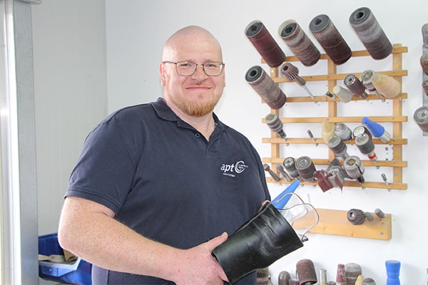 Alexander Wins – Orthopädietechnik-Mechaniker bei APT Prothesen Ostwestfalen in Bad Lippspringe bei Paderborn.