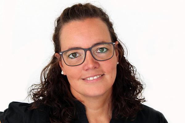 Kerstin Becker - APT Service GmbH
