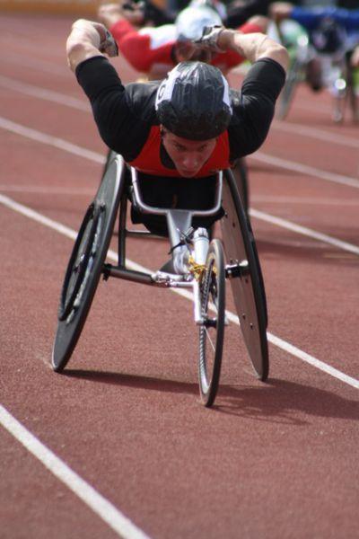 Marc Schuh beim 1.500m Rollstuhlfahrerrennen